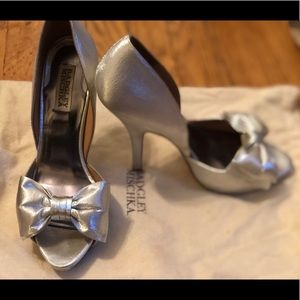 Badgley Mischka Size 8 Wedding shoe